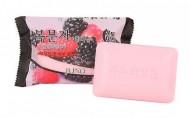 Мыло-сркаб с малиной JUNO Sangtumeori peeling soap rubus coreanus 150 мл: фото
